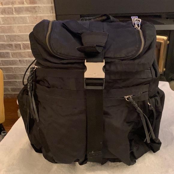 Lululemon Extra Large Black Backpack, EUC!